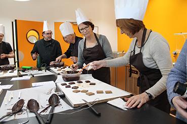 L'atelier chocolat du 11 Mars au showroom de Manthelan